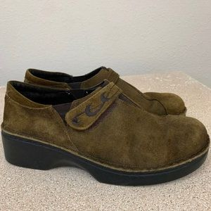 Naot suede wedge clogs 40 10 comfort shoes
